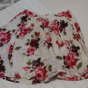 Floral flowy side zip skirt